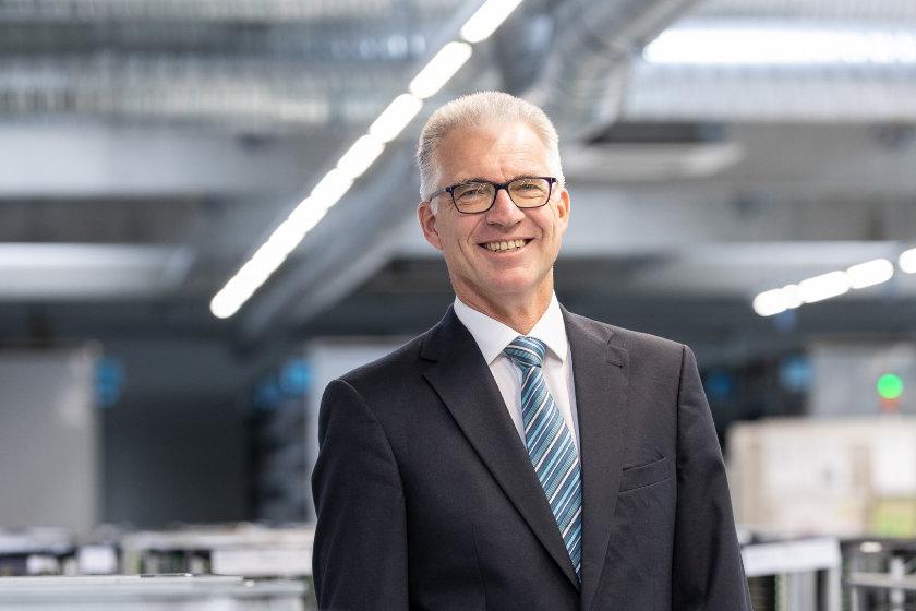 """""""Vom feinen Pflänzchen zur prächtigen Pflanze""""  – Interview mit Dr. Bernd Welzel, Geschäftsführer der SERO GmbH"""